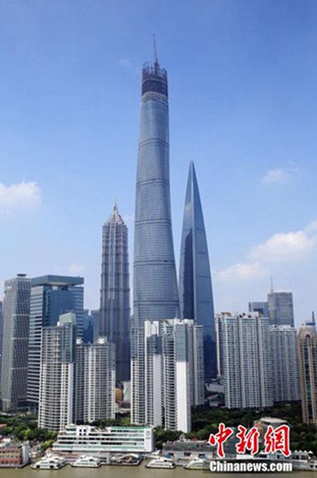 上海一高い「上海タワー」の養生